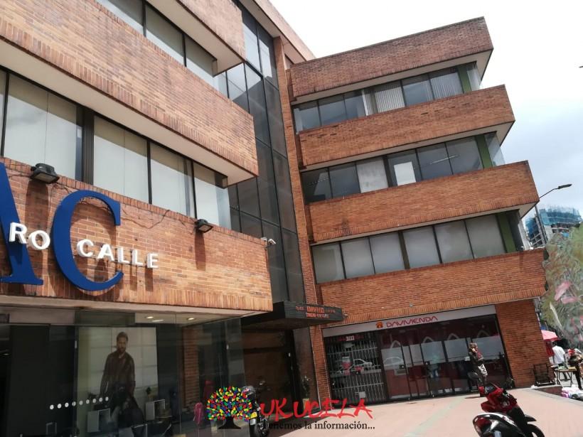 Se arrienda Oficina en Chapinero sobre vía principal Cra. 13