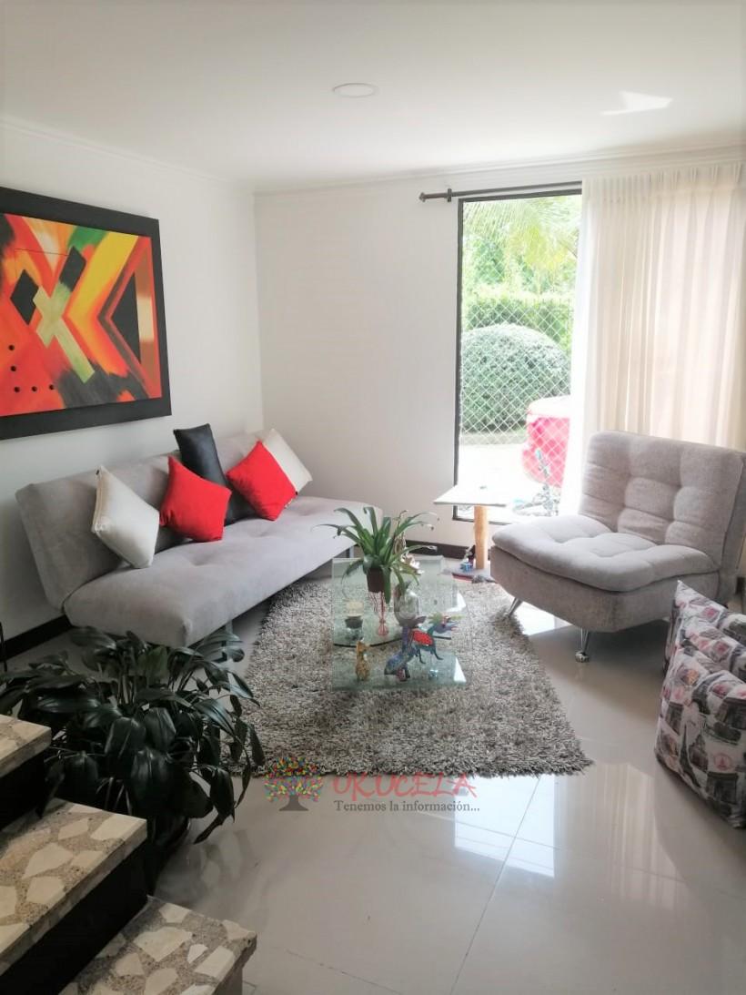 Vende casa sector la Autonoma