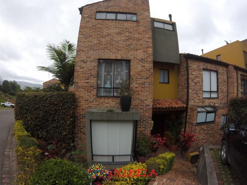 Se Vende espectacular Casa norte de Bogota Cerros Occidentales