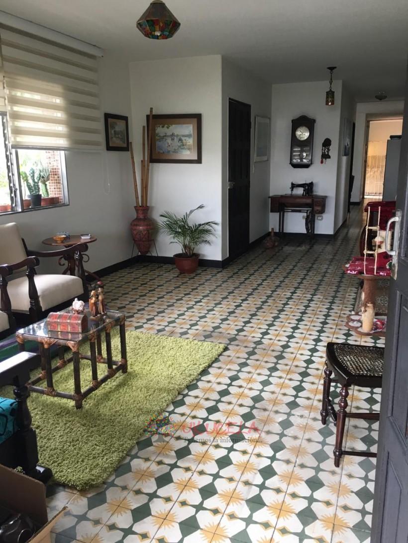 Vendo comoda casa en Medellin