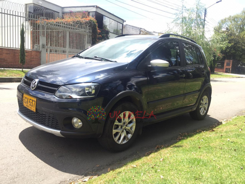 VOLKSWAGEN CROSS FOX 2014