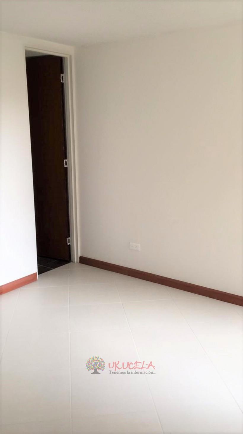Vende apartamento en la Carola
