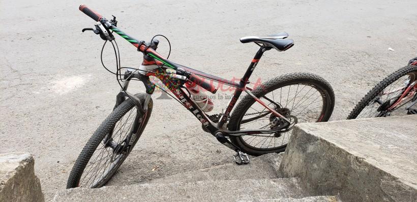 Bicicleta carbono 27.5