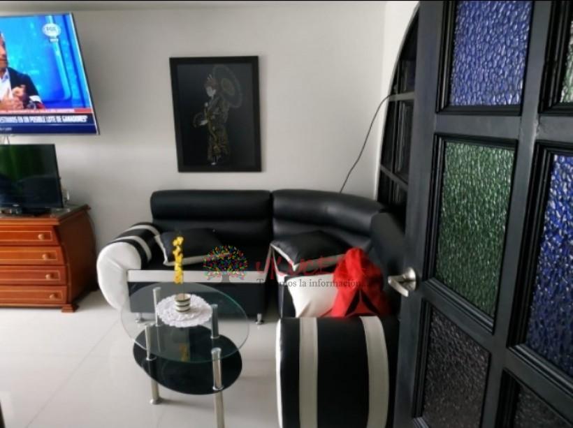 Vende casa con renta en Alcazares