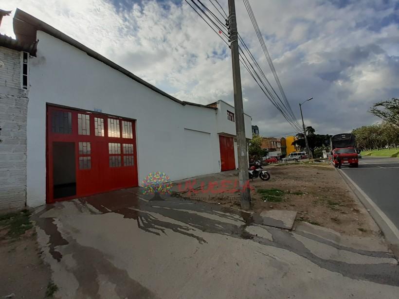 ARRIENDO BODEGA EXCELENTE UBICACIÓN EN PUENTE ARANDA