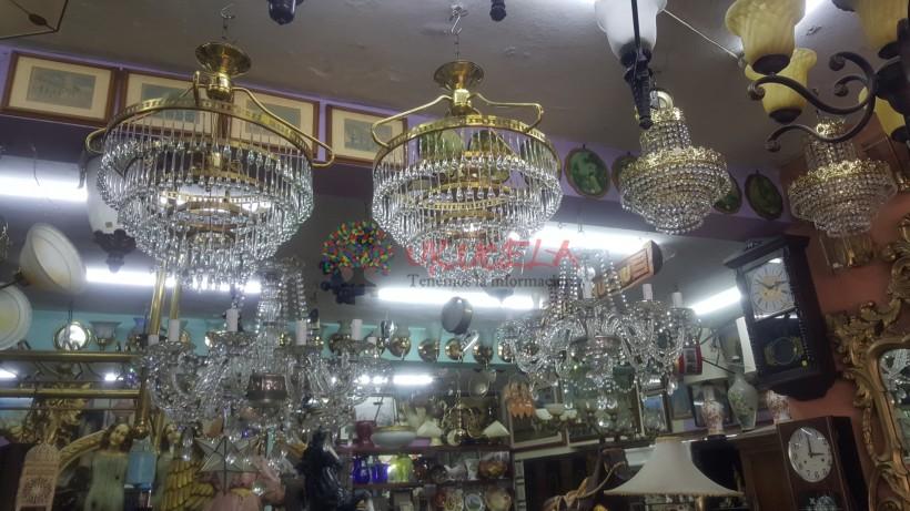 LAMPARAS DE MESA -TECHO Y MESAS ANTIGUAS
