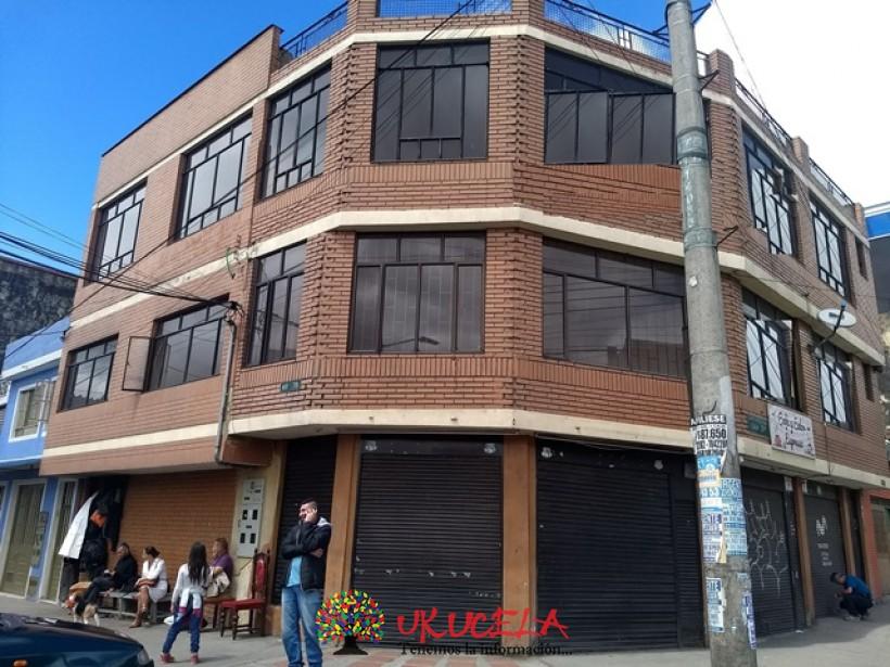 ARRIENDO LOCAL COMERCIAL ESQUINERO