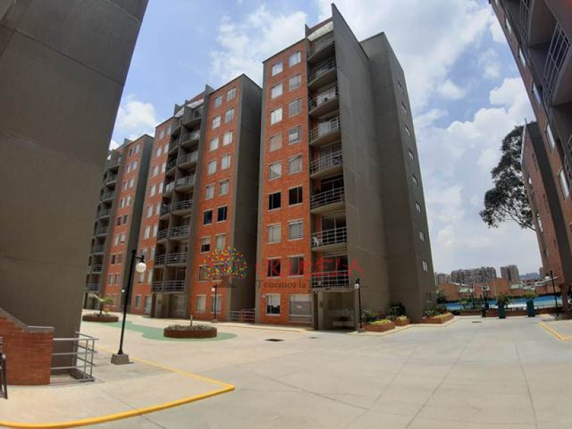Vendo Espectacular Apartamento Garaje Doble en Mazuren