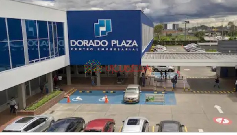 OFICINA ARRIENDO DORADO PLAZA