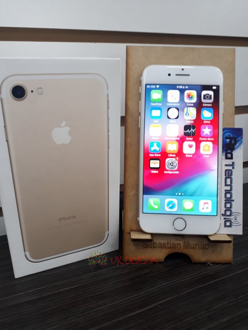VENDO O CAMBIO IPHONE 7 DE 32 GB DORADO
