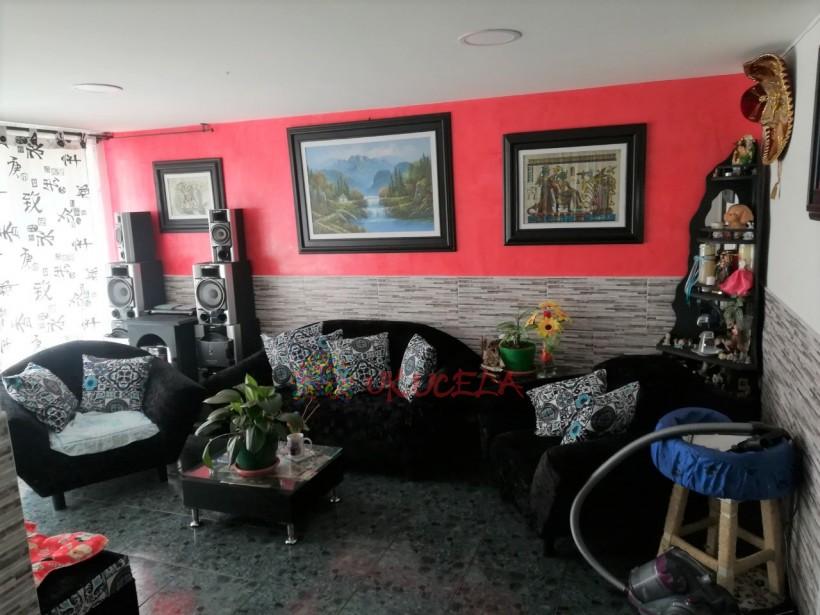 Vende casa en Peralonso